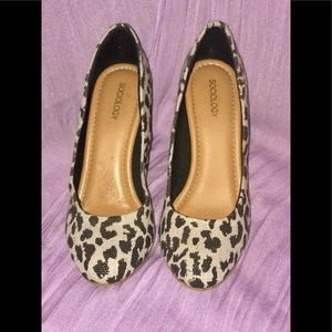 Sociology Women's Closed Toe Wedges - Leopard